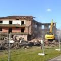 Câmara de Guimarães começou a demolir edifício para construir nova rua