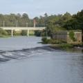 Reparação do açude no rio Ave